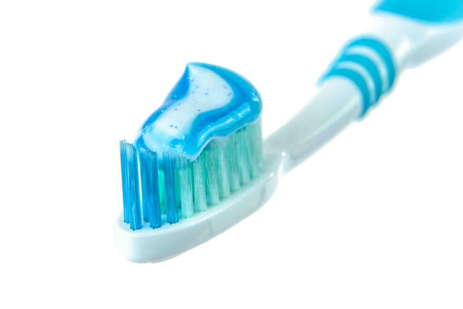 Quel est le meilleur dentifrice pour dents sensibles ?