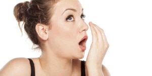 Quelle maladie donne mauvaise haleine ?